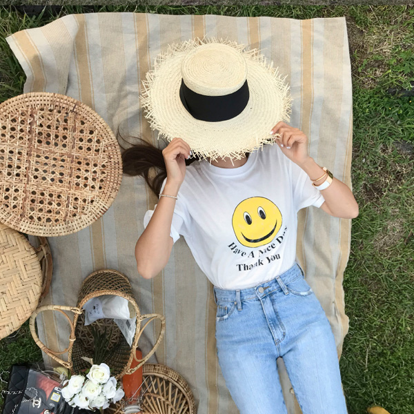 Smiley and Lettering Print T-Shirt