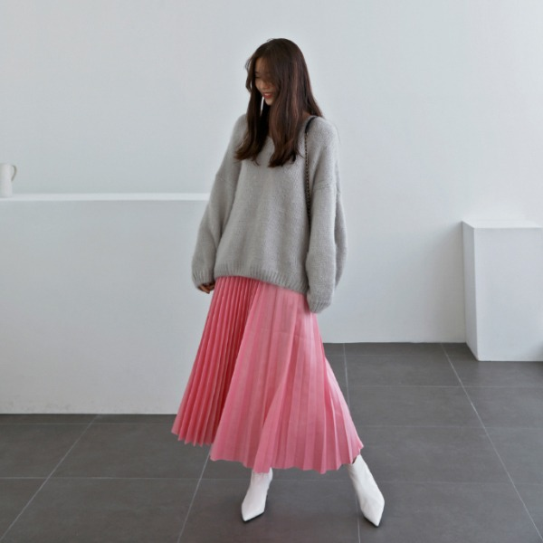 Accordion Pleat Solid Tone Midaxi Skirt