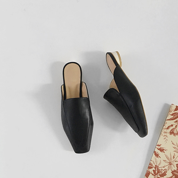 Cylindrical Heel Mules
