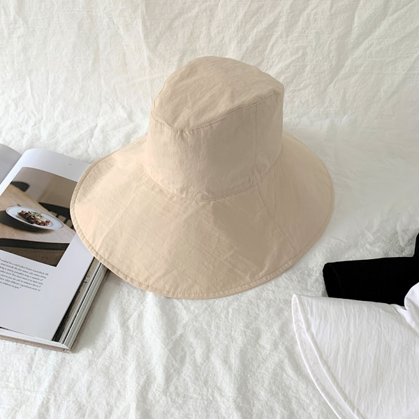 Wide Brim Solid Tone Bucket Hat
