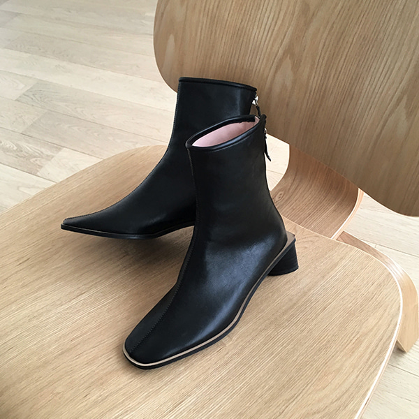 Rounded Square Toe Low Heel Boots