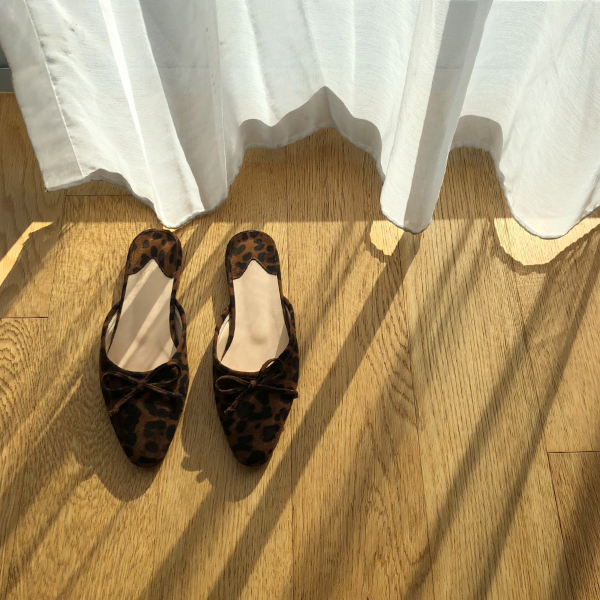 Ribbon Accent Open Back Loafers