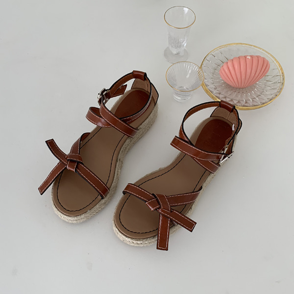 Knotted Strap Sandals